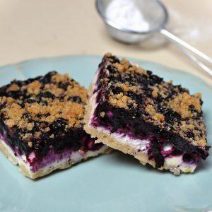 borůvkový koláč z drobenkového těsta recept