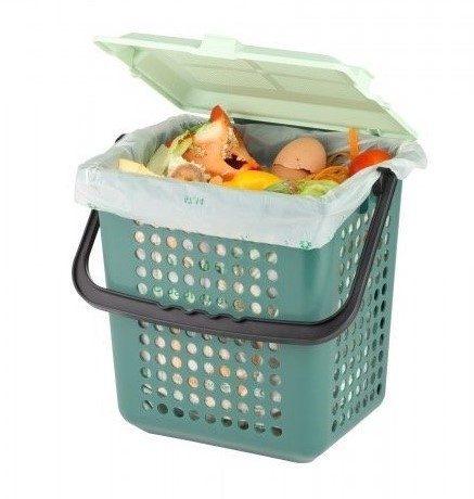 nádoba na bioodpad v kuchyni
