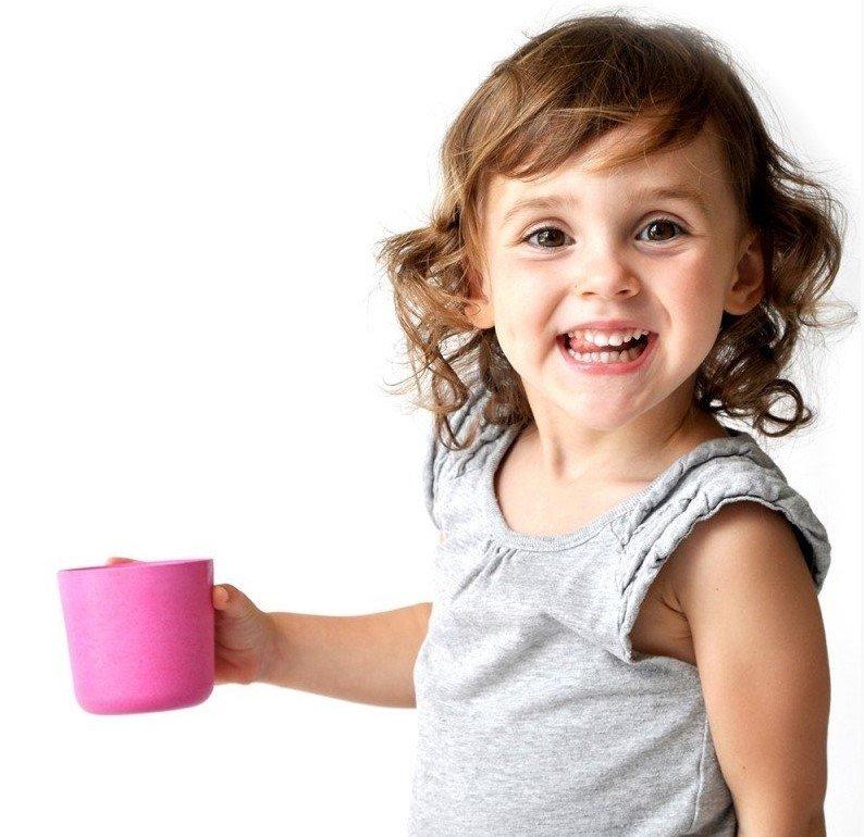 bambusový kelímek na pití pro děti