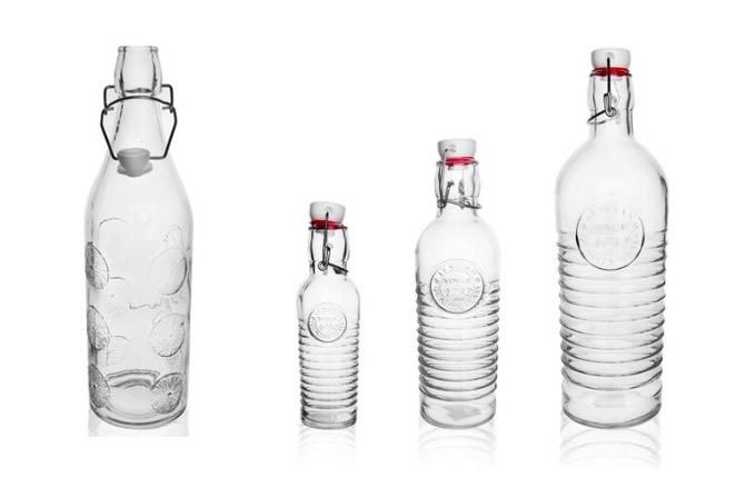 skleněné lahve na sirupy