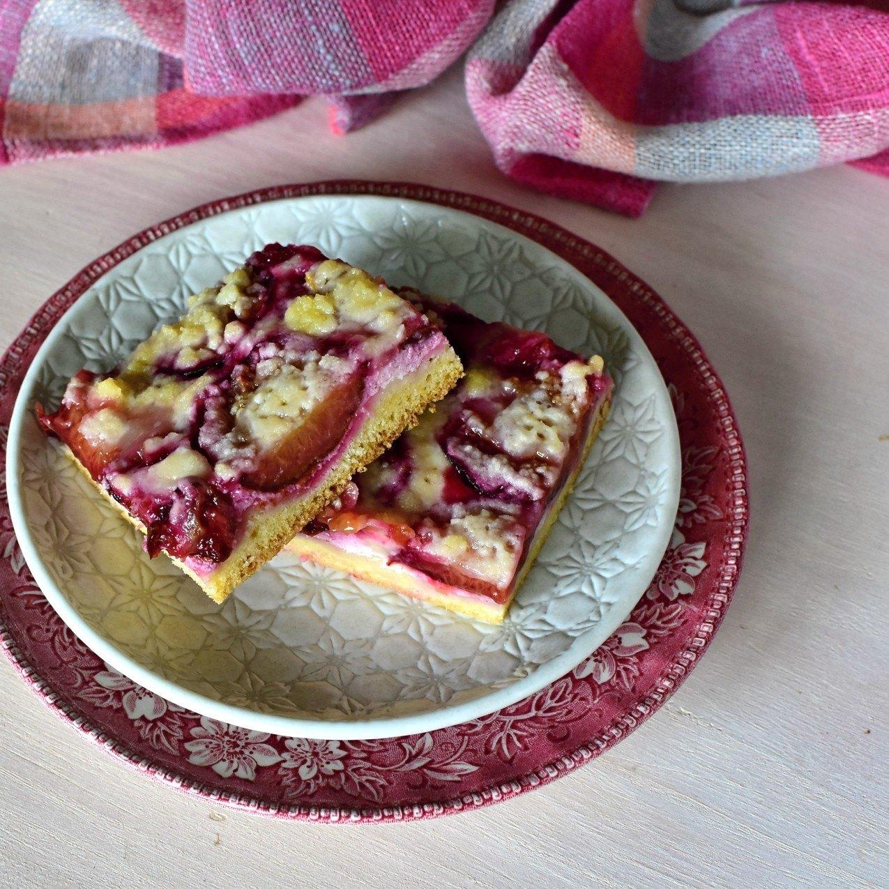 kynutý koláč švestkový s tvarohem