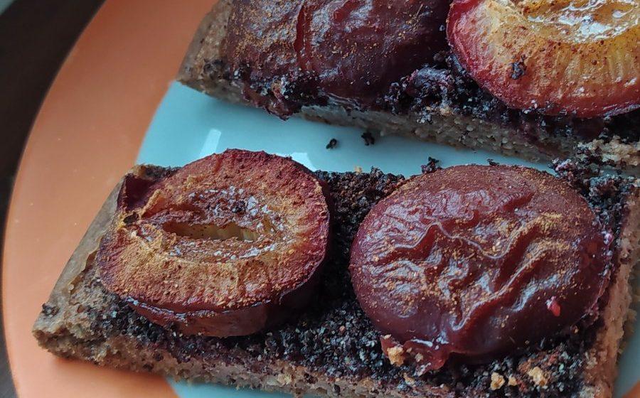 švestkový koláč bez mouky a cukru